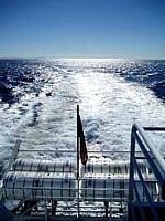 ナビゲーションフルで帰路に着く船の航跡!