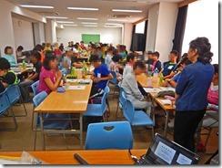 教室の開会式で主催者の大視協の会長さんがご挨拶